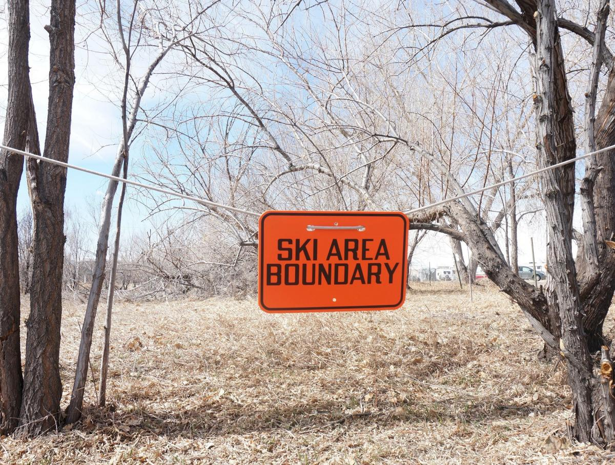 Stonehouse Signs Custom Rope Mount Boundary Marker Signs